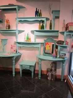 Such a cool idea!  Better alternative than bookshelves! ❤