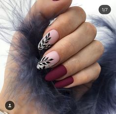 Looking for easy nail art ideas for short nails? Look no further here are are quick and easy nail art ideas for short nails. Classy Nails, Trendy Nails, Simple Nails, Cute Nail Designs, Acrylic Nail Designs, Dark Nail Designs, Nagel Hacks, Burgundy Nails, Burgundy Color