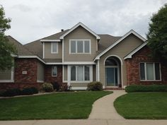 This house in Fort Collins has Weathered Wood shingles on it from the GAF Timberline HD line of shingles.