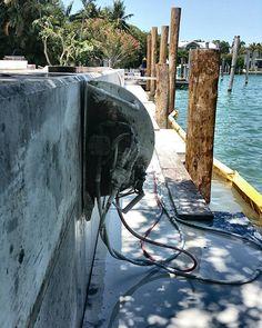 Handsawing 100 foot sea wall  #concretecutting #keybiscayne #seawall #concretecuttingmiami #construction #constructionsite #island #concretelife #concrete