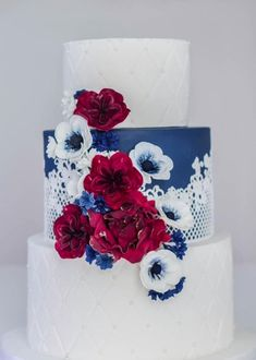 White Wedding Cakes Featured Cake: Cake by Annie; Breathtaking blue and white wedding cake with lace detail and red, white and blue flowers - Cakes Rustic Wedding Cake Toppers, Wedding Cake Decorations, White Wedding Cakes, White Wedding Flowers, Wedding Cakes With Flowers, Cool Wedding Cakes, Beautiful Wedding Cakes, Wedding Cake Designs, Lace Wedding