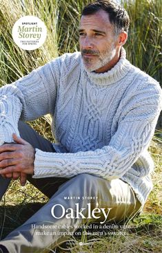 It is always a pleasure to style beautiful knits 🧶 I need this sweater ASAP! Adding it to my knit list 🍂 📷 : Knitting Designs, Knitting Patterns, Crochet Stitches, Turtle Neck Men, Rowan Yarn, Bodybuilding Clothing, Men Looks, Knitting Yarn, Tejidos