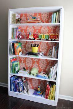 Bookcase Makeover Inspirational Bookshelf Makeover before & after Erin Spain Refurbished Bookshelf, White Bookshelves, Bookshelves Kids, Refurbished Furniture, Bookshelf Ideas, Bookshelf Door, Bookcases, Bookcase Makeover, Furniture Makeover