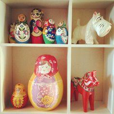 Nesting dolls and dala horses
