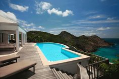 Gouverneur View - has a huge swimming pool which takes advantage of the spectacular view of Gouverneur Beach, and St. Kitts & Nevis.