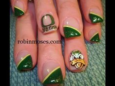 oregon duck football design: robin moses nail art tutorial @Kelsey Myers Hasenbank