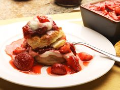 [note to self: must try this with plums!] This strawberry shortcake recipe falls squarely into the maximum-return-for-minimum-investment category. Five ingredients and only five to 10 minutes of actual work for a simple dessert that will be better than most of the stuff you can get at the store.\n