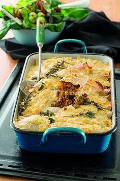 Dié week se wenresep: Pannekoekgebak Kitchen Recipes, Gourmet Recipes, Cooking Recipes, Yummy Recipes, South African Dishes, South African Recipes, Good Food, Yummy Food, Kos
