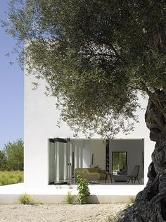 Villa in Ibiza by French architect Pascal Cheikh Djavadi