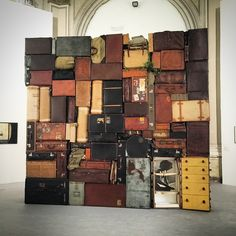 Time to leave ... The Art of #NotTravelLight by Fabio Mauri at the guardini #venicebiennale2015 #fabioMauri #BatGioOnTheGo