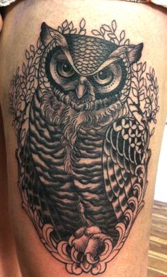 Owl tattoos are the best Body Art Tattoos, Small Tattoos, Girl Tattoos, I Tattoo, Owl Tattoo Design, Tattoo Designs, White Girl Tattoo, Owl Sketch, Tribal Butterfly