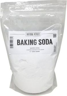 Baking Soda, 50 manieren om dit wondermiddel te gebruiken - Firma Huishouden Best Picture For vegan baking For Your Taste You are looking for something, and it is going to tell you exactly what you ar Home Remedies, Natural Remedies, Cleaning Painted Walls, Tips & Tricks, Vegetable Drinks, Simple Life Hacks, Natural Cleaning Products, Spring Cleaning, Housekeeping