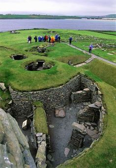 ruins of Viking settlement Jarlshof, Shetland Islands, Scotland hmmm Scotland & Vikings Places Around The World, Oh The Places You'll Go, Places To Travel, Places To Visit, Around The Worlds, Ancient Ruins, Ancient History, Viking Life, Viking Culture