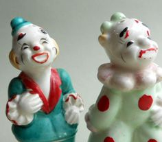 Vintage circus clown salt and pepper shakers - handpainted comics. $8.50, via Etsy.