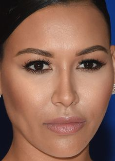 Close-up of Naya Rivera at the 2015 White House Correspondents' Dinner. http://beautyeditor.ca/2015/04/29/white-house-correspondents-dinner-2015