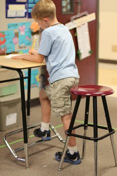 For home and classroom—standing desks for kids. A Stand2Learn standing desk and stool. (Courtesy of Stand2Learn)
