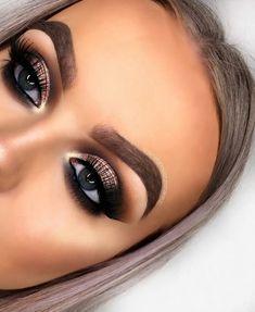 Glitter Smokey eye look – Eye Makeup Amazing – Trend Pin - Prom Makeup Looks Dramatic Eye Makeup, Formal Makeup, Prom Makeup, Hair Makeup, Glitter Makeup, Dramatic Smokey Eye, Glitter Dress, Bridal Makeup, Makeup Goals