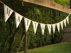 """One of the strongest wedding trends this year is the use of """"pennant flags"""" and banners in your event. These adorable and chic banners can be used in a number of ways. Pennant Flags, Flag Banners, Bunting Banner, Banner Ideas, Buntings, Vintage Shabby Chic, Shabby Chic Style, Wedding Pennant, Wedding Silverware"""