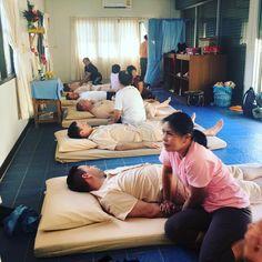 #TrainerTrack Tag 10: #thaimassage Breathe out ... gleich ist der Schmerz vorbei #chrismulzer #kikidan #nlp #bestholiday