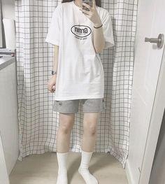 Boyish Outfits, Tomboy Outfits, Kpop Fashion Outfits, Tomboy Fashion, Cute Casual Outfits, Streetwear Fashion, Korean Girl Fashion, Ulzzang Fashion, Korean Street Fashion