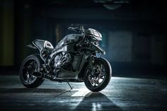 2015-BMW-custom-bikes-web-4.jpg (555×370)
