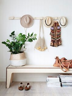13 Neutral Baskets for Any Decor Style