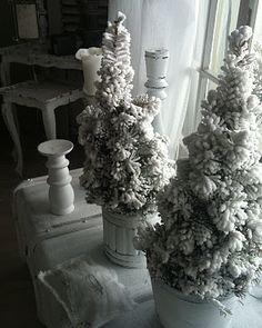 Love - Christmas decor.