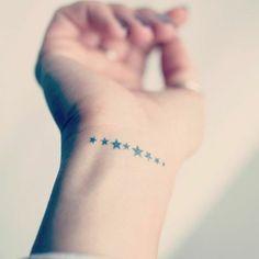 Tattoo Sterne - Bedeutung und coole Motive in Bildern