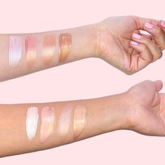 Which one of our highlighters is your go-to for strobing!? From left to right: high beam, girl meets pearl, watt's up, & sun beam