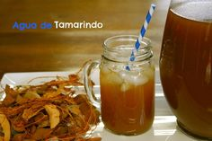 How to make Agua de Tamarindo (Tamarind Water) step by step slideshow Mexican Drinks, Mexican Food Recipes, Spanish Recipes, Drink Recipes, Tamarind Recipes, Healthy Drinks, Healthy Recipes, Tamarind Juice, Snacks Saludables