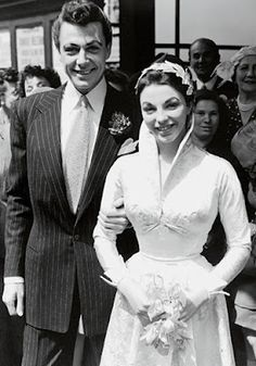 Joan Collins' marriage to Maxwell Reed.