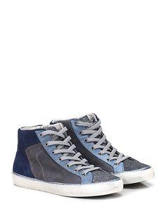 Crime - Sneakers - Donna - Sneaker in camoscio vintage e tessuto glitter con inserti in pelle laminata lavorata e zip su lato interno. Suola in gomma vintage, tacco 25. - GREY\BLU\AVIO - € 139.00