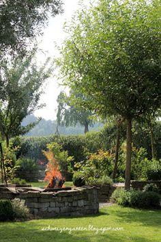 Fancy Ein Schweizer Garten Grillstelle Lagerfeuer Weiden Flechten Sitzplatz Schatten Ideen Willow Tree Ideas