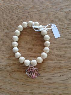 Bracelet perles naturelles et breloque