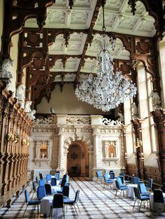 Harlaxton Manor (Great Hall)