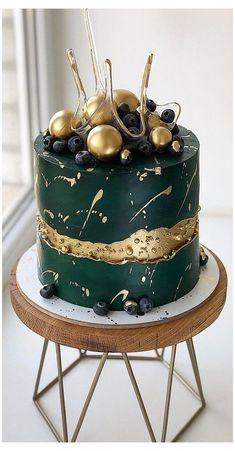 Green Birthday Cakes, Sweet 16 Birthday Cake, Elegant Birthday Cakes, Beautiful Birthday Cakes, Elegant Cakes, Chocolate Birthday Cakes, 50th Birthday Cakes, 19th Birthday, Unique Cakes