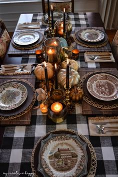 50 Amazing Thanksgiving Table Decoration Ideas On A Budget - Page 14 of 50 Erstaunliche Thanksgiving Tischdekoration Ideen für ein Budget; Fall Table Settings, Thanksgiving Table Settings, Thanksgiving Tablescapes, Holiday Tables, Thanksgiving Decorations, Happy Thanksgiving, Happy Fall, Thanksgiving Crafts, Christmas Tables
