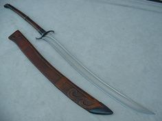 Gertrude, another Ringare-style sword. I'll put up the original Ringare one of these days. Fantasy Sword, Fantasy Weapons, Fantasy Blade, Swords And Daggers, Knives And Swords, Curved Swords, Sword Design, Medieval Weapons, Arm Armor