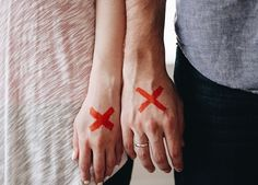 Your divorce can depress you forever. A woman can move on after divorce and live the life just like others. Read on to find some inspiring ways to move on after divorce. Saving Your Marriage, Save My Marriage, Marriage Advice, Failing Marriage, Marriage Trouble, Funny Marriage, Dating Advice, Mr Right, Divorce Lawyers