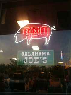 Olathe, Leawood and off the Plaza! Think this is the location off the plaza. Bbq Kansas City, Kansas City Restaurants, Las Vegas Restaurants, Las Vegas Hotels, Las Vegas Food, Las Vegas With Kids, Bull Bbq, Bbq Places, Bbq King