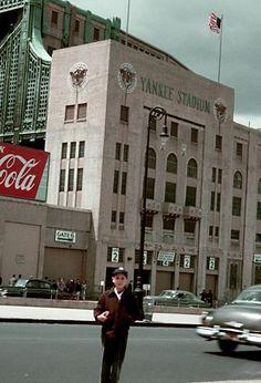 Awesome shot of old Yankees Stadium New York Yankees Stadium, Go Yankees, New York Giants, Baseball Park, Baseball Pitching, Baseball Players, Baseball Training, Basketball, Baseball Stuff
