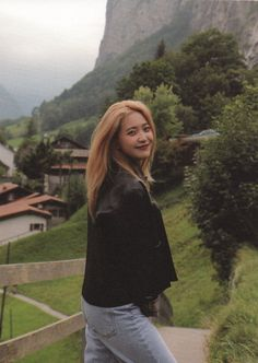 Sweet Holidays in Swiss Seulgi, Korean Girl Groups, Kpop Girl Groups, Cool Girl, My Girl, Red Velvet Joy, Kim Yerim, How To Pose, Kpop Aesthetic