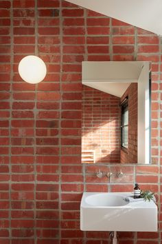 Brick and Gable House by Breathe Architecture - Fisher & Paykel Series - We Prioritised Updating The Kitchen, Living And Dining And Left The Front Portion Of The Terrace Ho - Brick Bathroom, Modern Bathroom, Master Bathroom, Houzz Bathroom, Gold Bathroom, Bathroom Art, Design Rustique, Gable House, Design Blogs