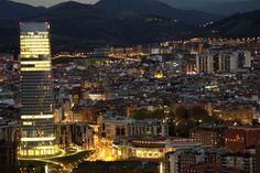 2011-11-11-la-torre-iberdrola-de-noche-en-bilbao.jpg (4941×3294)