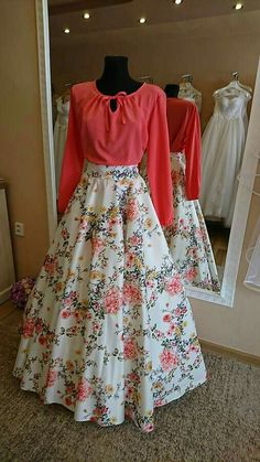 53 Ideas Skirt Design Western For 2019 Indian Gowns Dresses, Indian Fashion Dresses, Dress Indian Style, Indian Designer Outfits, Fashion Outfits, Fasion, Prom Dresses, Stylish Dresses For Girls, Stylish Dress Designs