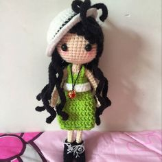 A friend I met through QQ messenger made Stella. Love the colour she used. _ Pattern of this doll is available for sale on Ravelry and I'd love to see your Stella. 在 QQ 认识了一位朋友她叫小刘这 Stella 是她钩的 _ 喜欢她用的颜色... #amigurumi #amigurumidoll #dollstagram ♡