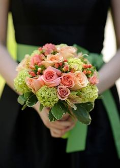love the bouquet and how it reflects the pop of color on the bridesmaid