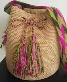 Crochet Tote, Crochet Handbags, Crochet Purses, Tapestry Bag, Tapestry Crochet, Diy Crochet Patterns, Crochet Projects, Sweet Bags, String Bag