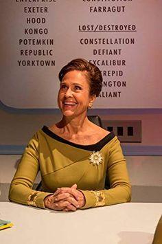 "Star Trek Continues: ""Embracing the Winds"" Set Photo of Erin Grey. Buck Rodgers, Star Trek Continues, Battlestar Galactica 1978, Star Trek Reboot, Erin Gray, Star Trek Cast, Star Trek Cosplay, Star Trek 1966, Star Trek Characters"