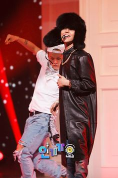 |G-DRAGON @ SBS INKIGAYO (OFFICIAL PICTURES)|